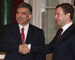 Российско-турецкие взаимоотношения прирастают туризмом и энергетикой